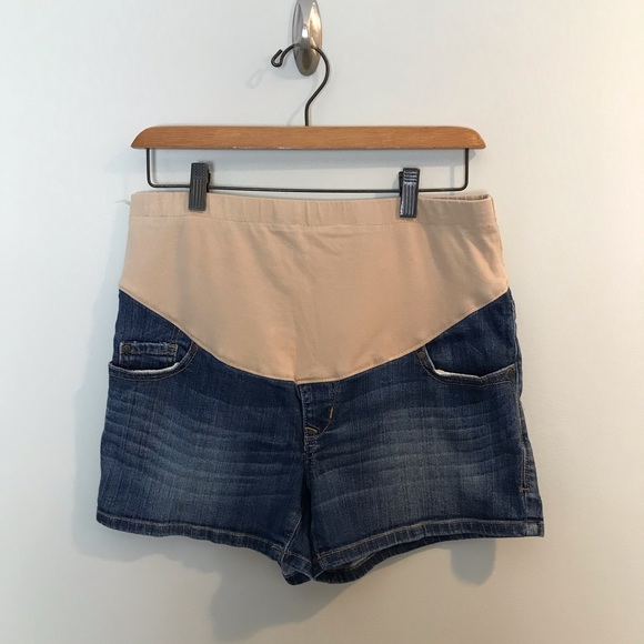 Old Navy Pants - Old Navy Maternity Denim Jean Shorts Nude Panel S